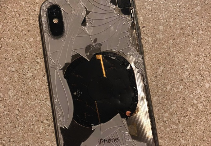 iOSアプデ直後、iPhoen Xが爆発する事故発生 Apple「これは完全に想定外」