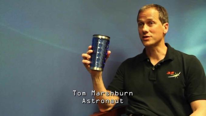 宇宙飛行士あるある?「地球帰還後は重力の存在を忘れる」インタビュー動画が話題