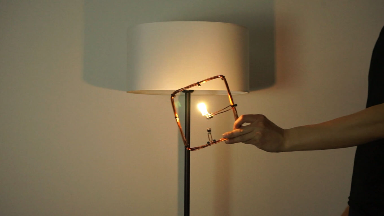 「部屋にいるだけでスマホなどをワイヤレス充電」実用化へ