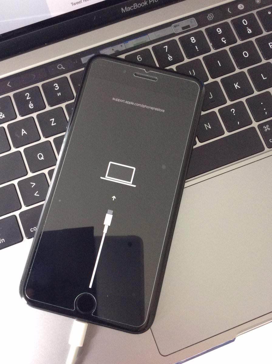 次期iPhoneはUSB-Cを採用か、iOS 13 betaでリカバリーモードにUSB-Cの表示が!