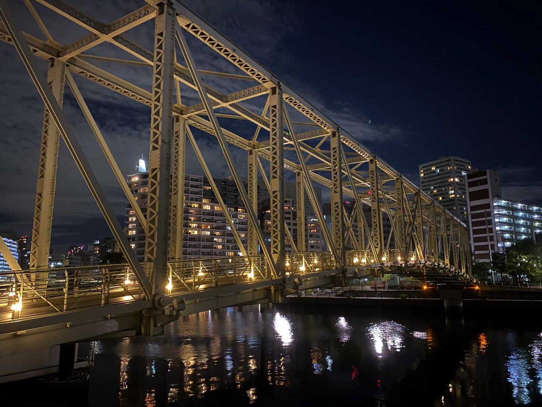 iPhnoe 11 Proでナイトモード(夜景モード)を試し撮り、iPhone XS Maxとの比較画像