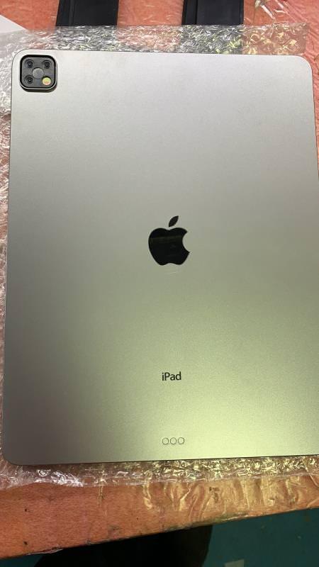 トリプルカメラ搭載の次期「iPad Pro」の最終モックアップがリーク、10月に発表か