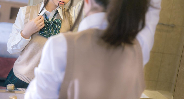 「チャイボーグ」「病み加工」2020年・女子高生トレンド予測、ファッションは「ピープス」が急増