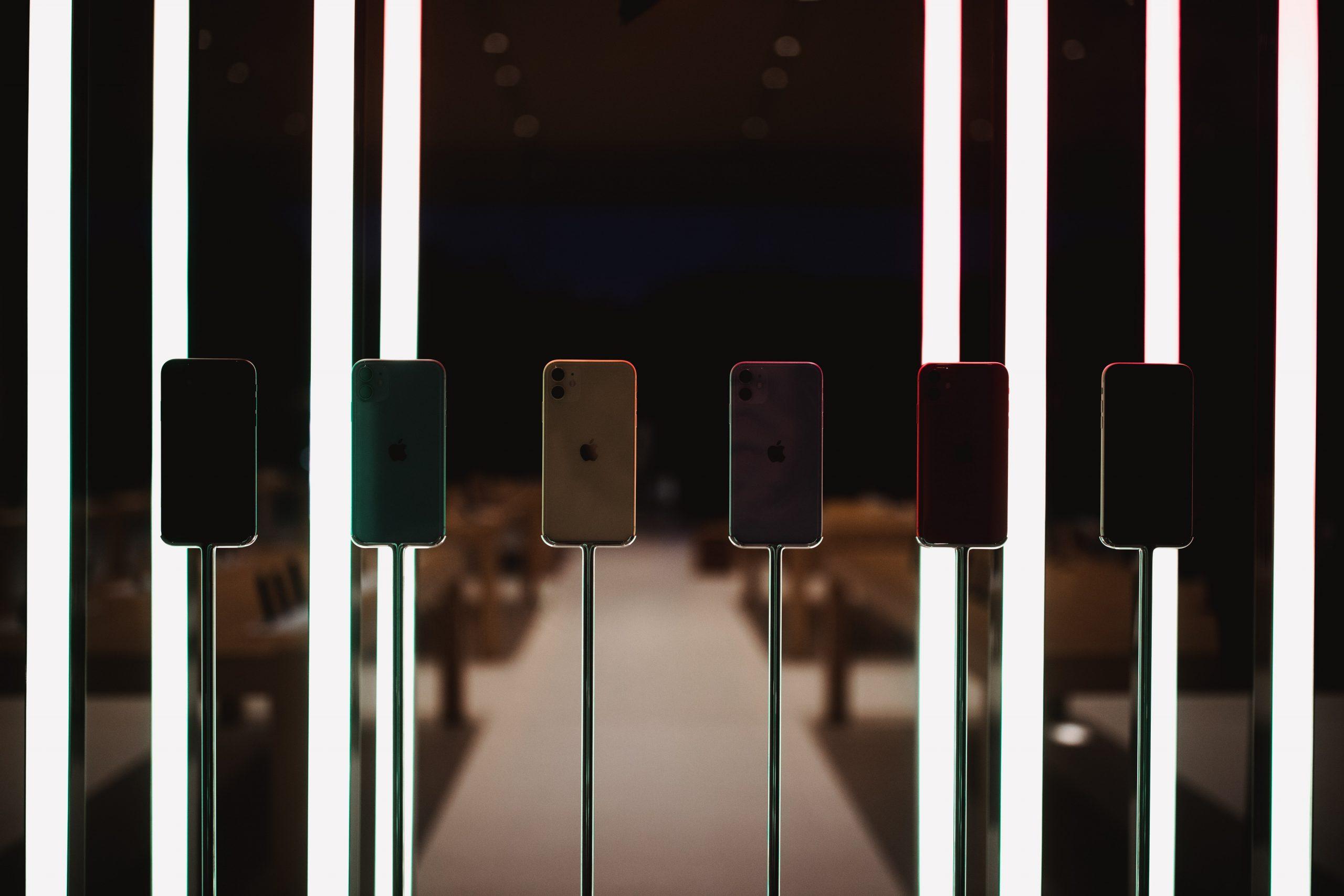 「iPhone 12」シリーズ、価格は649ドル(約72,800円)から――著名リーカーが報告
