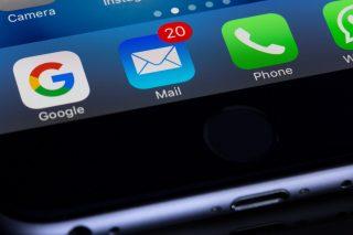 メール受信だけでデータが盗まれる恐れ、iPhoneメールアプリに2つのゼロデイ脆弱性