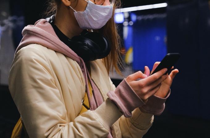 マスクをしたままiPhoneのFace ID(顔認証)を可能にするハック