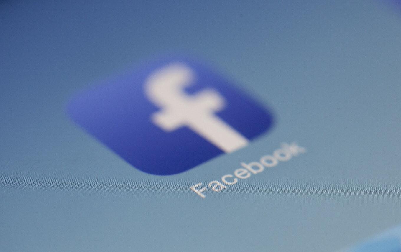 Facebookが「Clubhouse」模倣サービスを開発中ーーNYT報道