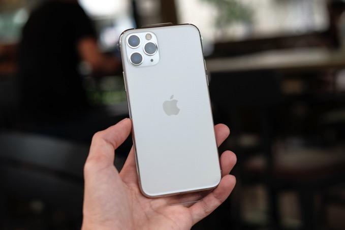 iOS 14「背面タップ」が便利そうで震える、背中をトントンで機能を呼び出し可能