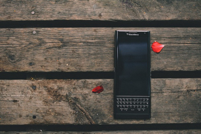 「BlackBerry」が2021年に復活。5G対応、物理キーボード搭載