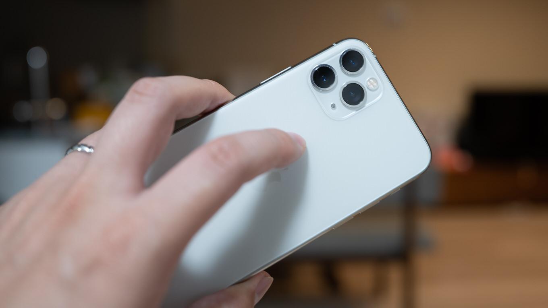【iOS 14】背面タップ機能の使い方、ショートカットやアクションを呼び出し可能