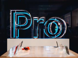 「iPhone 12 Pro」筐体が流出か、6.1インチにもLiDARスキャナを搭載