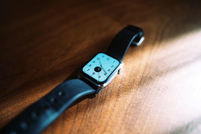 apple-watch-nomad-active-strap-2.jpg