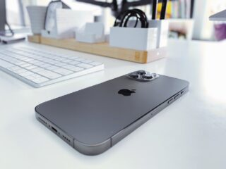 「iPhoneはUSB-Cに移行しない。Touch ID内蔵の電源ボタンも導入しない」著名アナリスト
