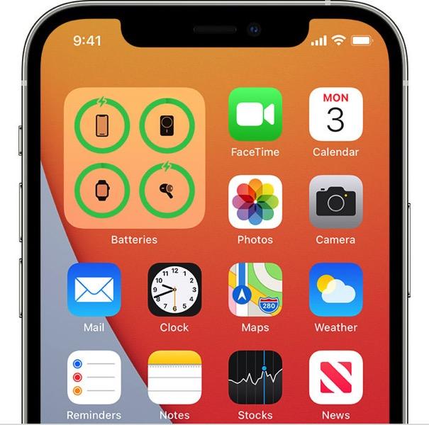 ios14-iphone12-pro-home-screen-battery-widget-charging-iphone.jpg