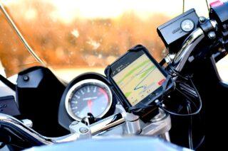 バイクにiPhoneを装着しているとカメラ性能が低下する可能性、Appleが注意喚起
